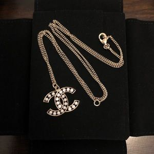 Chanel L/XL Crystals Pearls CC Long Necklace GHW